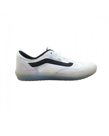 Chaussures Ave Pro Vans, shop New Surf à Dinan, Bretagne
